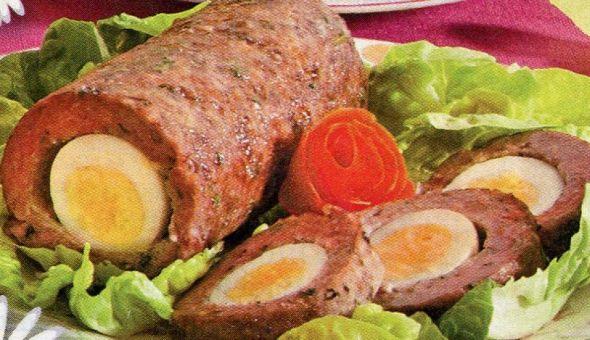 Мясной с яйцом фото