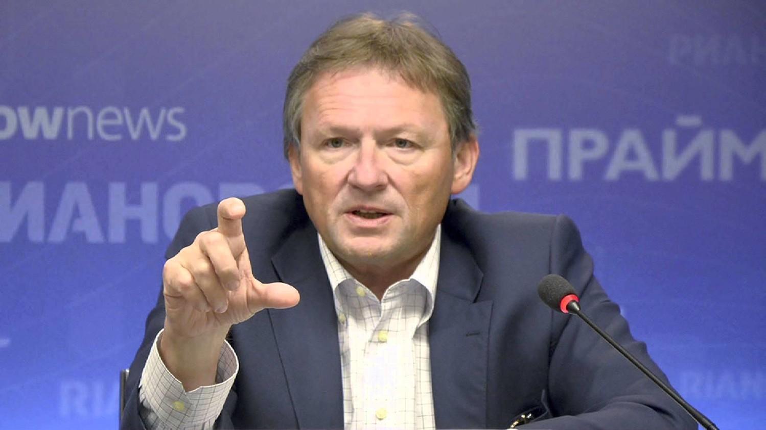 Титов намерен попросить Путина разрешить сбежавшим в Лондон бизнесменам вернуться